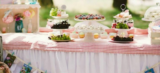 Princess Peppa's Picnic Party with Lots of Really Cute Ideas via Kara's Party Ideas KarasPartyIdeas.com #PicnicParty #PeppaPigParty #PartyIdeas #Supplies (2)