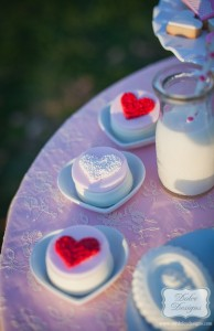 Valentine's Day Picnic with So Many Darling Ideas via Kara's Party Ideas Kara Allen KarasPartyIdeas.com #ValentinesParty #PartyIdeas #Supplies (8)