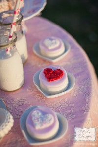 Valentine's Day Picnic with So Many Darling Ideas via Kara's Party Ideas Kara Allen KarasPartyIdeas.com #ValentinesParty #PartyIdeas #Supplies (6)