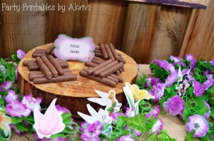 Tinkerbell Party with Lots of Really Cute Ideas via Kara's Party Ideas   KarasPartyIdeas.com #Tinkerbell #Fairies #PartyIdeas #Supplies (10)