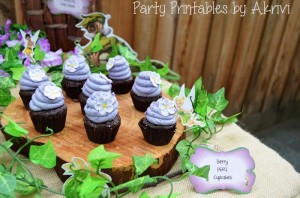 Tinkerbell Party with Lots of Really Cute Ideas via Kara's Party Ideas | KarasPartyIdeas.com #Tinkerbell #Fairies #PartyIdeas #Supplies (33)