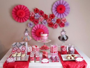 Valentine's Day Sweet Table with Lots of REALLY CUTE Ideas via Kara's Party Ideas Kara Allen | KarasPartyIdeas.com #ValentinesDayParty #ValentinesDayDessertTable #Love #PartyIdeas #Supplies (9)