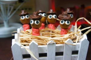 Yee Haw Cowboy Birthday Party with So Many Really Fun Ideas via Kara's Party Ideas KarasPartyIdeas.com #cowboyparty #westernparty #wildwestparty #cowboypartydecor #karaspartyideas (8)