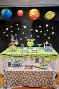Astronaut Themed Birthday Party with Lots of Really Fun Ideas via Kara's Party Ideas | KarasPartyIdeas.com #spaceparty #alienparty #solarsystemparty #partyideas (20)