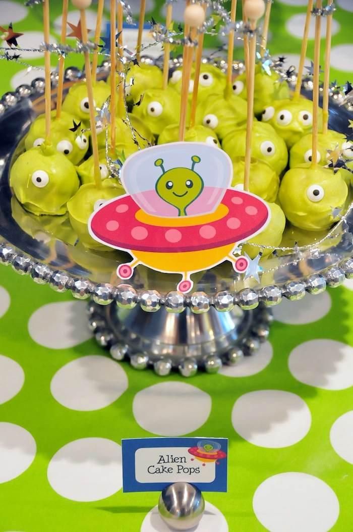 Kara's Party Ideas Astronaut Themed Birthday Party Full of ...