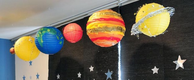 Astronaut Themed Birthday Party with Lots of Really Fun Ideas via Kara's Party Ideas | KarasPartyIdeas.com #spaceparty #alienparty #solarsystemparty #partyideas (1)