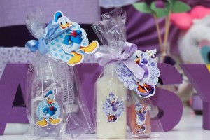 Daisy Duck themed birthday party Full of Fabulous Ideas via Kara's Party Ideas | KarasPartyIdeas.com #DonaldDuck #Disney #PartyIdeas (12)
