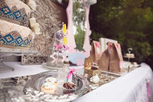 Fairy Themed Playdate with Lots of REALLY CUTE IDEAS via Kara's Party Ideas Kara Allen KarasPartyIdeas.com #fairies #fairygarden #fairyplaydate #fairyparty #fairypartyideas (17)