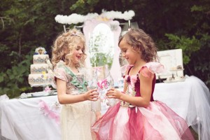 Fairy Themed Playdate with Lots of REALLY CUTE IDEAS via Kara's Party Ideas Kara Allen KarasPartyIdeas.com #fairies #fairygarden #fairyplaydate #fairyparty #fairypartyideas (15)