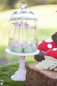 Woodland Fairy Party via Kara's Party Ideas KarasPartyIdeas.com #fairyparty #woodlandparty #toasdstoolcake #partyideas (11)
