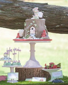 Woodland Fairy Party via Kara's Party Ideas KarasPartyIdeas.com #fairyparty #woodlandparty #toasdstoolcake #partyideas (8)