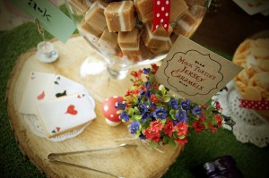 Mad Hatter Tea Party Baby Shower with SO MANY FABULOUS IDEAS via Kara's Party Ideas | KarasPartyIdeas.com #aliceinwonderland #aliceinwonderlandcookies #madhatterparty #partyideas (13)