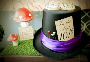 Mad Hatter Tea Party Baby Shower with SO MANY FABULOUS IDEAS via Kara's Party Ideas | KarasPartyIdeas.com #aliceinwonderland #aliceinwonderlandcookies #madhatterparty #partyideas (11)