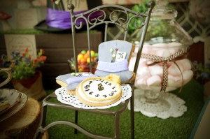 Mad Hatter Tea Party Baby Shower with SO MANY FABULOUS IDEAS via Kara's Party Ideas | KarasPartyIdeas.com #aliceinwonderland #aliceinwonderlandcookies #madhatterparty #partyideas (15)