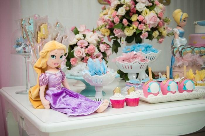 Disney Princess Themed Birthday Party With Lots Of Cute Ideas Via Karas Kara Allen