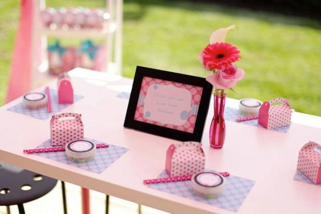 Salon Themed Birthday Party with So Many Fun Ideas via Kara's Party Ideas KarasPartyIdeas.com #salonparty #makeovers #girlypartyideas #partydecor (18)