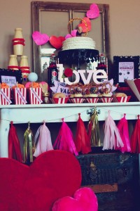 Circus themed Valentine's Day Party with Lots of Really Cute Ideas via Kara's Party Ideas KarasPartyIdeas.com #circusparty #valentinesdayparty #kidsvalentinesdayparty #valentinesdaydecor #love #xoxo #partyideas (11)