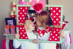 Circus themed Valentine's Day Party with Lots of Really Cute Ideas via Kara's Party Ideas KarasPartyIdeas.com #circusparty #valentinesdayparty #kidsvalentinesdayparty #valentinesdaydecor #love #xoxo #partyideas (4)