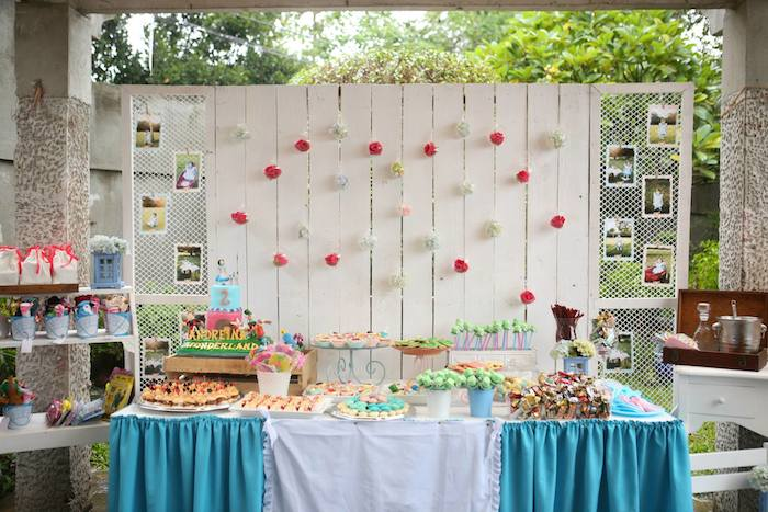 Shabby Chic Alice In Wonderland Themed Birthday Party Full Of Fabulous Ideas Via Karas
