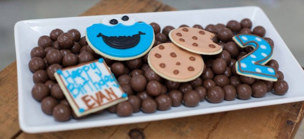 Cookie Monster Themed Birthday Party with So Many Fabulous Ideas via Kara's Party Ideas KarasPartyIdeas.com #cookiemonster #sesamestreet #milkandcookies #cookiesmonstercake #partydecor #partyideas (1)