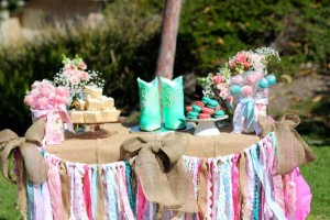 Vintage Cowgirl themed birthday party with Lots of Really Cute Ideas via Kara's Party Ideas | Cake, decor, cupcakes, games and more! KarasPartyIdeas.com #cowgirlparty #westernparty #partyideas #partydecor (21)
