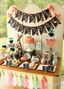 Chalkboard Spring Party + Floral Easter Brunch with SO MANY Really Cute Ideas via Kara's Party Ideas KarasPartyIdeas.com #easterparty #easterbrunch #springparty #springpartyideas #brunchideas #floralbrunch #floralparty #partydecor #partyideas (4)