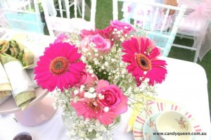Floral High Tea Bridal Shower with Such Beautiful Ideas via Kara's Party Ideas KarasPartyIdeas.com #floralteaparty #teaparty #teapartybridalshower #gardenparty #partydecor #partyideas (2)
