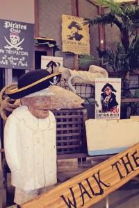 Mermaids vs. Pirates Themed Birthday Party with So Many Really Cute Ideas via Kara's Party Ideas KarasPartyIdeas.com #mermaidparty #pirateparty #mermaidsandpirates #partyideas #partydecor (32)