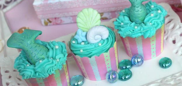 Mermaid Themed Birthday Party Full of Really Cute Ideas via Kara's Party Ideas KarasPartyIdeas.com #mermaidparty #mermaids #mermaidcake #underthesea #partydecor #mermaidpartyideas (1)