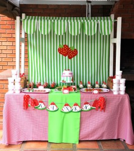 Strawberry and Watermelon themed birthday party with SUCH CUTE IDEAS via Kara's Party Ideas | Cake, decor, cupcakes, games and more! KarasPartyIdeas.com #strawberryparty #watermelonparty #strawberrysoiree #summersoiree #summerparty #partyideas #partydecor (23)