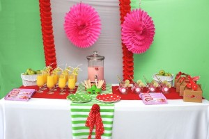 Strawberry and Watermelon themed birthday party with SUCH CUTE IDEAS via Kara's Party Ideas | Cake, decor, cupcakes, games and more! KarasPartyIdeas.com #strawberryparty #watermelonparty #strawberrysoiree #summersoiree #summerparty #partyideas #partydecor (8)