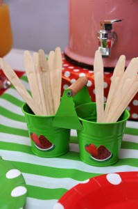 Strawberry and Watermelon themed birthday party with SUCH CUTE IDEAS via Kara's Party Ideas | Cake, decor, cupcakes, games and more! KarasPartyIdeas.com #strawberryparty #watermelonparty #strawberrysoiree #summersoiree #summerparty #partyideas #partydecor (5)
