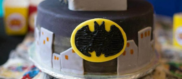 Superhero themed birthday party with SO MANY AWESOME IDEAS via Kara's Party Ideas | Cake, decor, cupcakes, games and more! KarasPartyIdeas.com #superhero #superheroparty #superherocake #partyideas #partydecor (1)