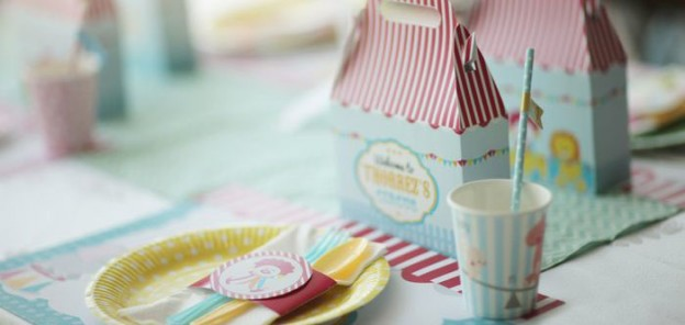 Pastel Vintage Circus themed birthday party via Kara's Party Ideas | Cake, decor, cupcakes, games and more! KarasPartyIdeas.com #circusparty #circus #girlycircusparty #partydecor #partyideas (2)