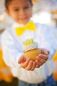 Yellow and White First Communion Party with Lots of Really Pretty Ideas via Kara's Party Ideas KarasPartyIdeas.com #firstcommunion #communionpartyideas #firstcommunionparty #partydecor #partyplanning #genderneutral (15)