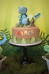 Dinosaur themed birthday party with lots of awesome ideas via kara's party ideas! full of decorating ideas, dessert, cake, cupcakes, favors and more! KarasPartyIdeas.com #dinosaurparty #dinoparty #dinosaurcake #partystying #partydecor #partyideas (7)