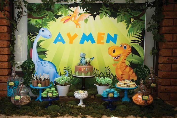 Kara's Party Ideas Dinosaur themed birthday party via kara ...