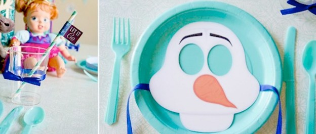 Disney's frozen themed birthday party with FREE PRINTABLES via kara's party ideas karaspartyideas.com #frozenparty #frozen