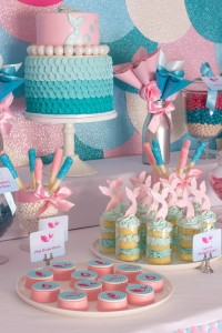 Mermaid in the Ocean themed birthday party with So Many CUTE IDEAS via Kara's Party Ideas Kara's Party Ideas | Cake, decor, cupcakes, games and more! KarasPartyIdeas.com #mermaid #mermaidparty #mermaidcake #underthedsea #oceanparty #mermaidpartyideas #partydecor (11)