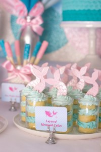 Mermaid in the Ocean themed birthday party with So Many CUTE IDEAS via Kara's Party Ideas Kara's Party Ideas | Cake, decor, cupcakes, games and more! KarasPartyIdeas.com #mermaid #mermaidparty #mermaidcake #underthedsea #oceanparty #mermaidpartyideas #partydecor (9)