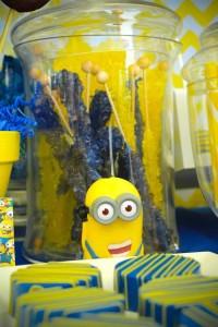 Despicable Me Minion themed birthday party via Kara's Party Ideas | Games, decor, cakes, party supplies, and MORE! KarasPartyIdeas,com #minionparty #minions #despicableme #despicablemeparty #partyplaning #partyideas #partystlying #partydecor (10)