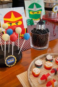 Ninjago themed birthday party with Lots of Really Fun Ideas via Kara's Party Ideas Kara's Party Ideas | Cake, decor, cupcakes, games and more! KarasPartyIdeas.com #ninjaparty #ninjagoparty #legoparty #legopartyideas #ninjago #boyparty #partyideas (7)