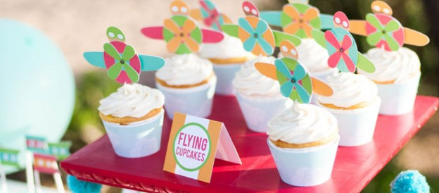 Little Pilot + Plane themed birthday party with such cute ideas via Kara's Party Ideas | Cake, decor, cupcakes, games and more! KarasPartyIdeas.com #pilotparty #planeparty #airplaneparty #partyideas #partydecor #partyplanning #partystyling #eventstyling (1)