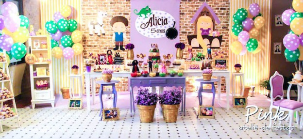 Tangled Rapunzel themed birthday party via kara's party ideas! full of decorating ideas, dessert, cake, cupcakes, favors and more! KarasPartyIdeas.com #tangled (1)
