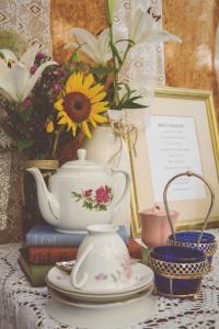 Vintage Bridal Shower Party with Such Gorgeous Ideas via Kara's Party Ideas | KarasPartyIdeas.com #vintagebridalshower #vintageparty #partyideas #partydecor (5)