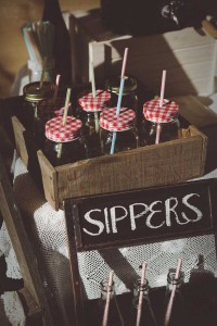 Vintage Bridal Shower Party with Such Gorgeous Ideas via Kara's Party Ideas | KarasPartyIdeas.com #vintagebridalshower #vintageparty #partyideas #partydecor (13)