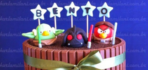 Angry Birds Star Wars themed birthday party via Kara's Party Ideas | Cake, decor, cupcakes, games and more! KarasPartyIdeas.com #angrybirds #angrybirdsparty #starwarsparty #partydecor #partideas #partyplanning (1)