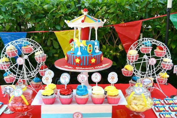 Kara 39 s party ideas carnival themed birthday party via kara 39 s party ideas full of decorating - Carnival theme party supplies ...