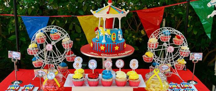 Kara 39 s party ideas carnival themed birthday party via kara for Amusement park decoration games
