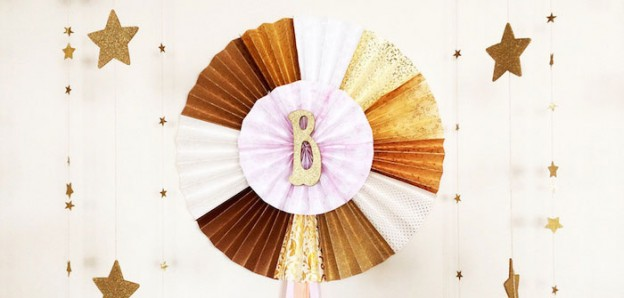 Gold Glitter Star themed birthday party Full of Really Cute Ideas via Kara's Party Ideas | KarasPartyIdeas.com | Cake, decor, cupcakes, favors, games, and MORE! #starparty #goldglitterstar #goldstar #partystyling #partyideas #partydecor #eventplanning (1)